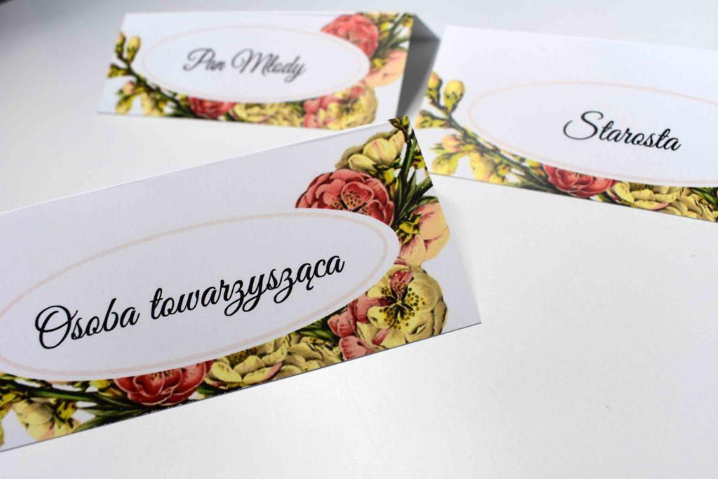 winietki na ślub z imionami gości