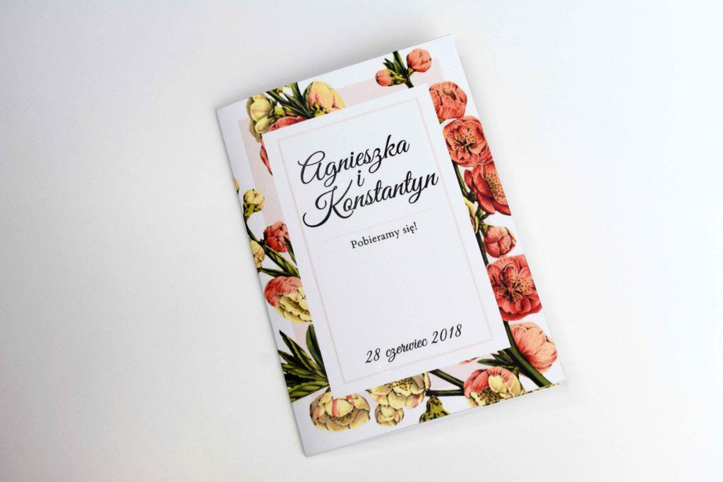 zaproszenie na ślub z różowym kwiatem