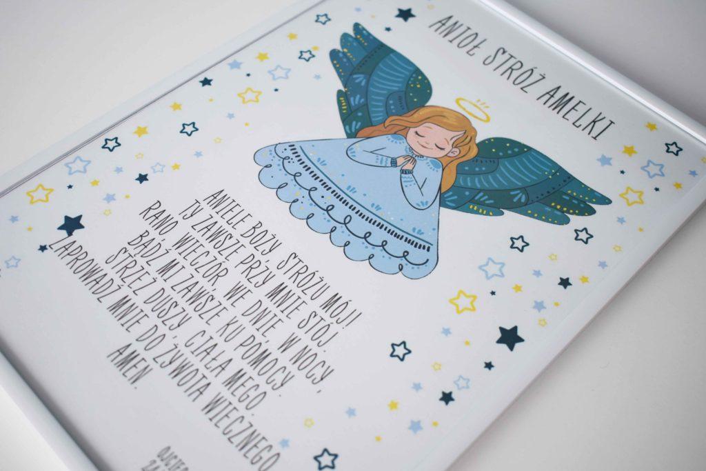 grafika z modlitwą i aniołkiem