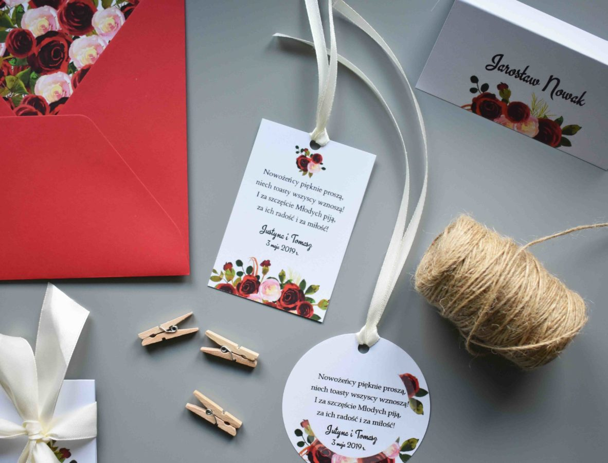 Dodatki na stół weselny Róże w bordo
