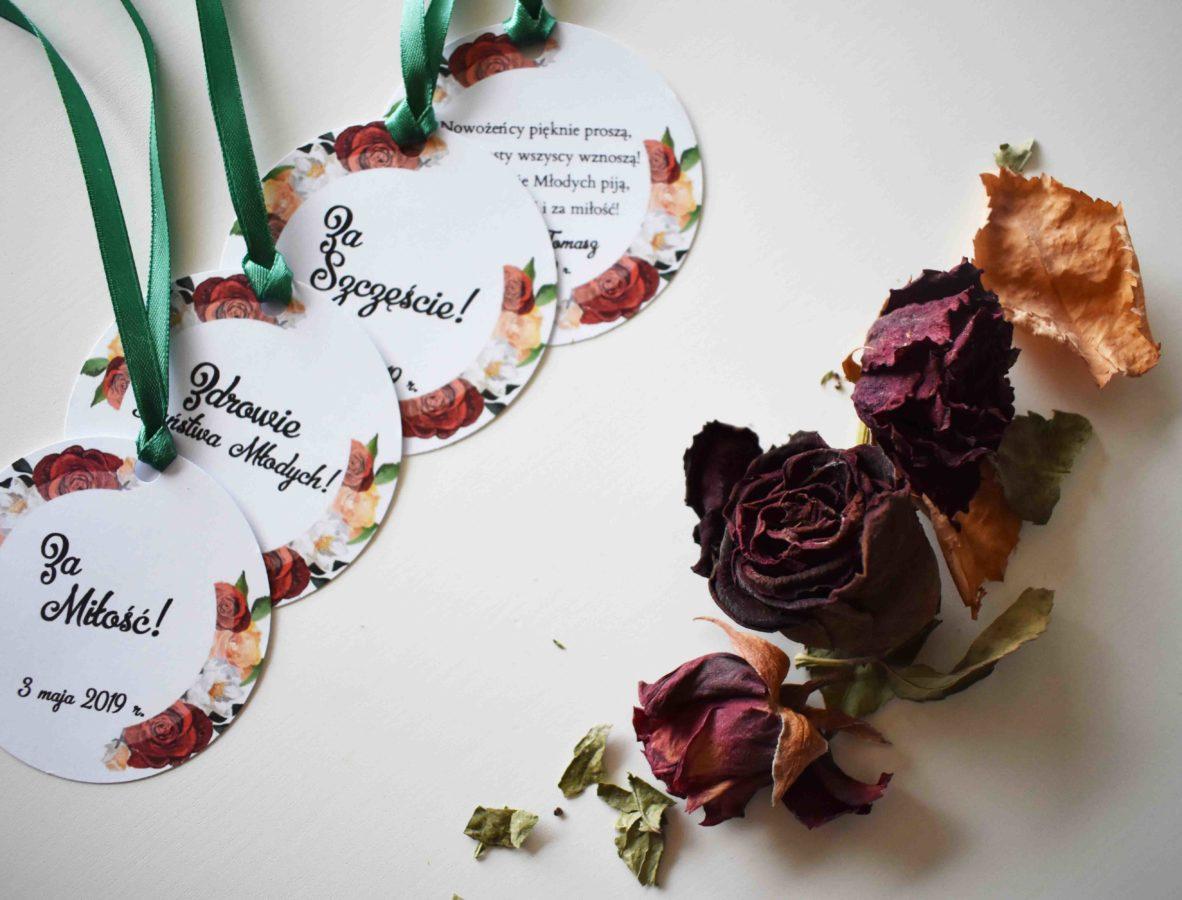 zawieszki na alkohol z motywem róż