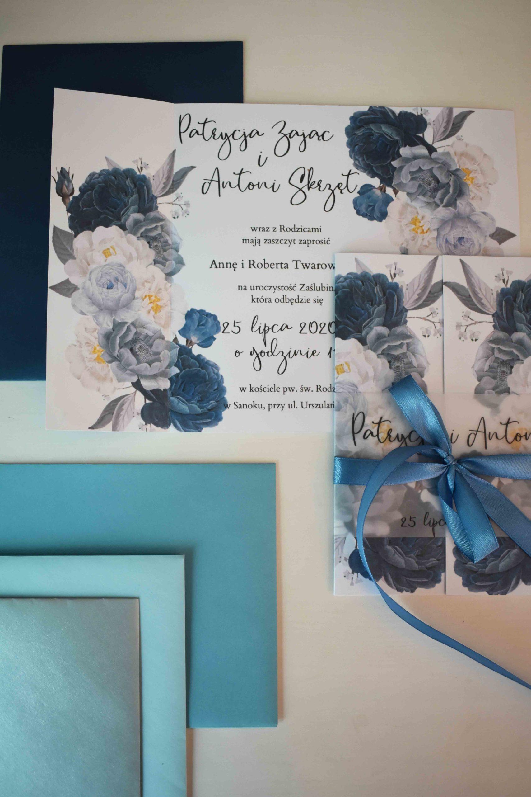 Niebieskie kwiaty ślubne