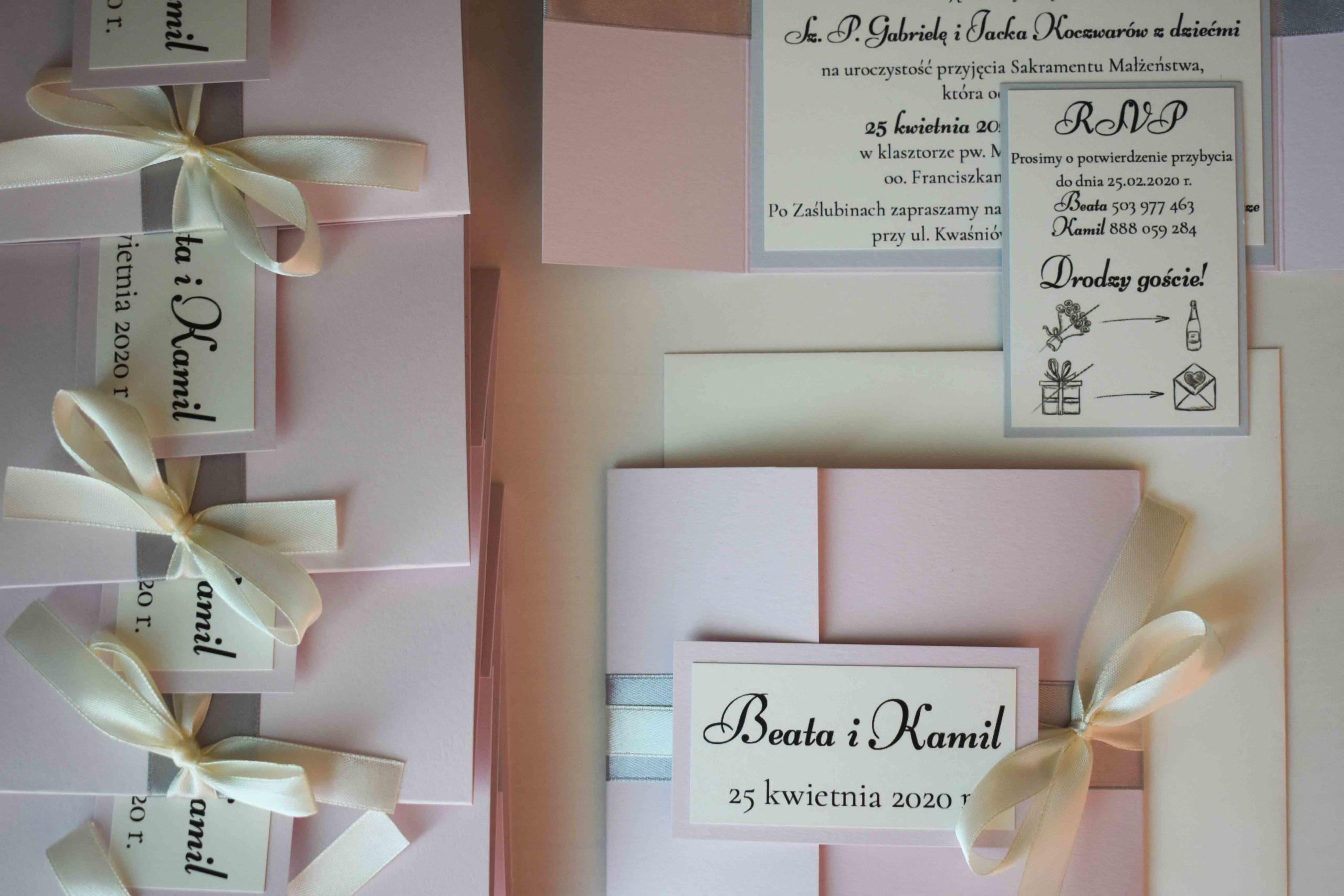 Różowe klasyczne zaproszenia ślubne
